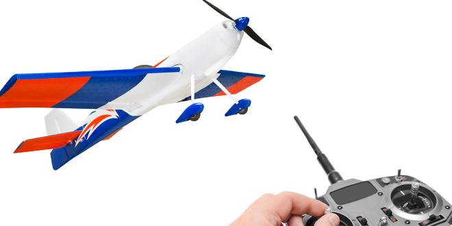 Ferngesteuerte Flugzeuge